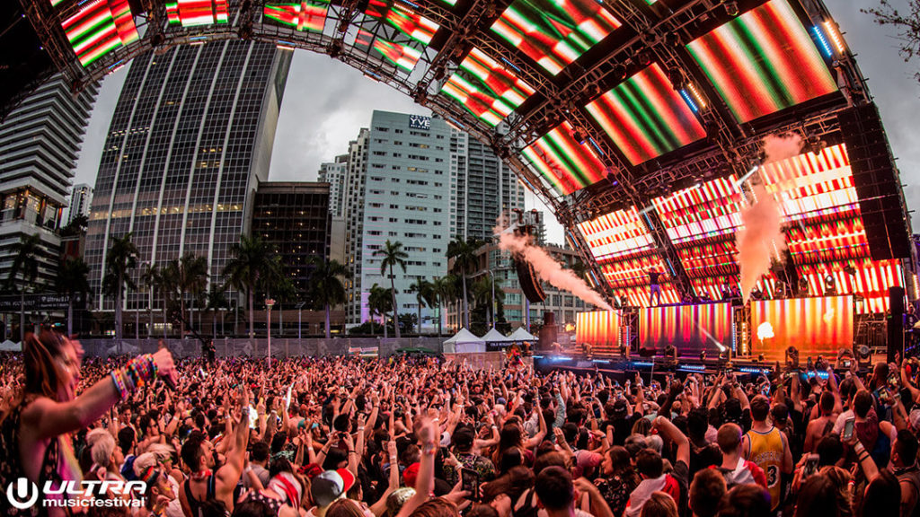 miami gallery 2017 1 1024x576 - Ultra Music Festival 2017 Images