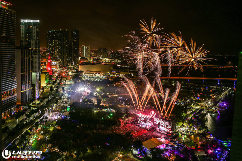 miami gallery 2017 11 1024x683 - Ultra Music Festival 2017 Images