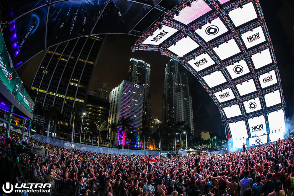 miami gallery 2017 12 1024x683 - Ultra Music Festival 2017 Images
