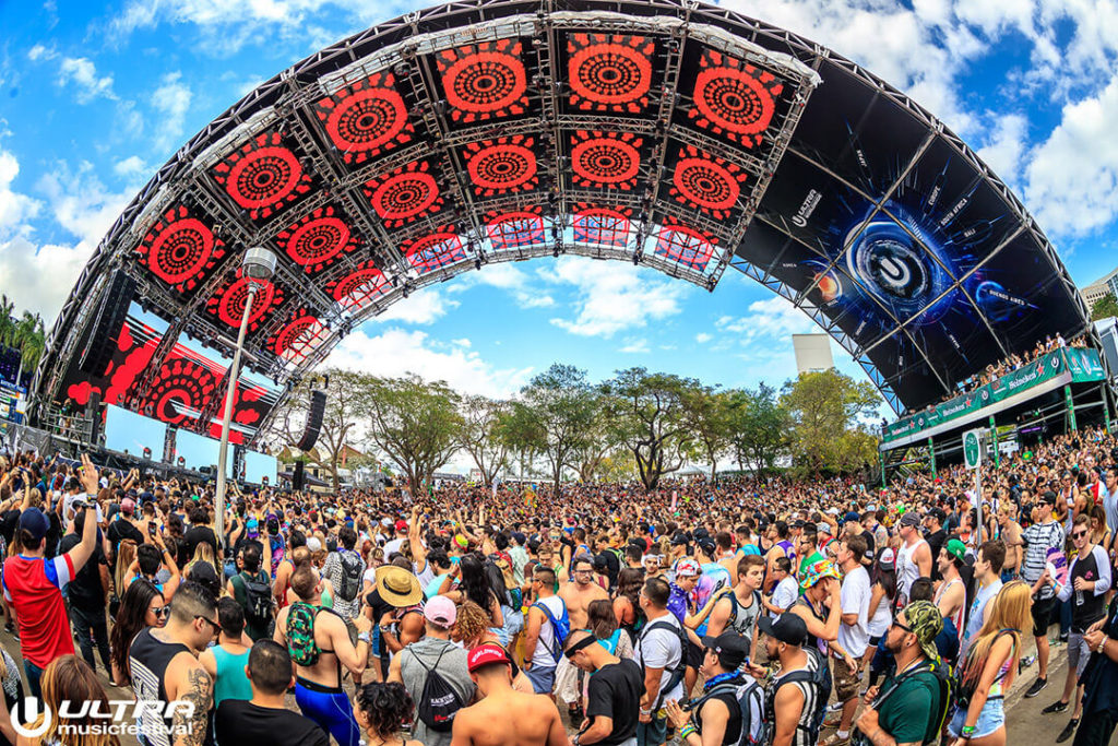 miami gallery 2017 15 1024x683 - Ultra Music Festival 2017 Images