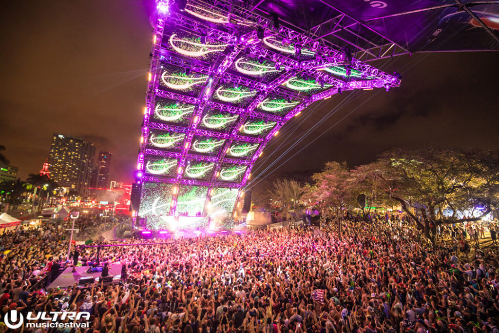 miami gallery 2017 16 1024x683 - Ultra Music Festival 2017 Images