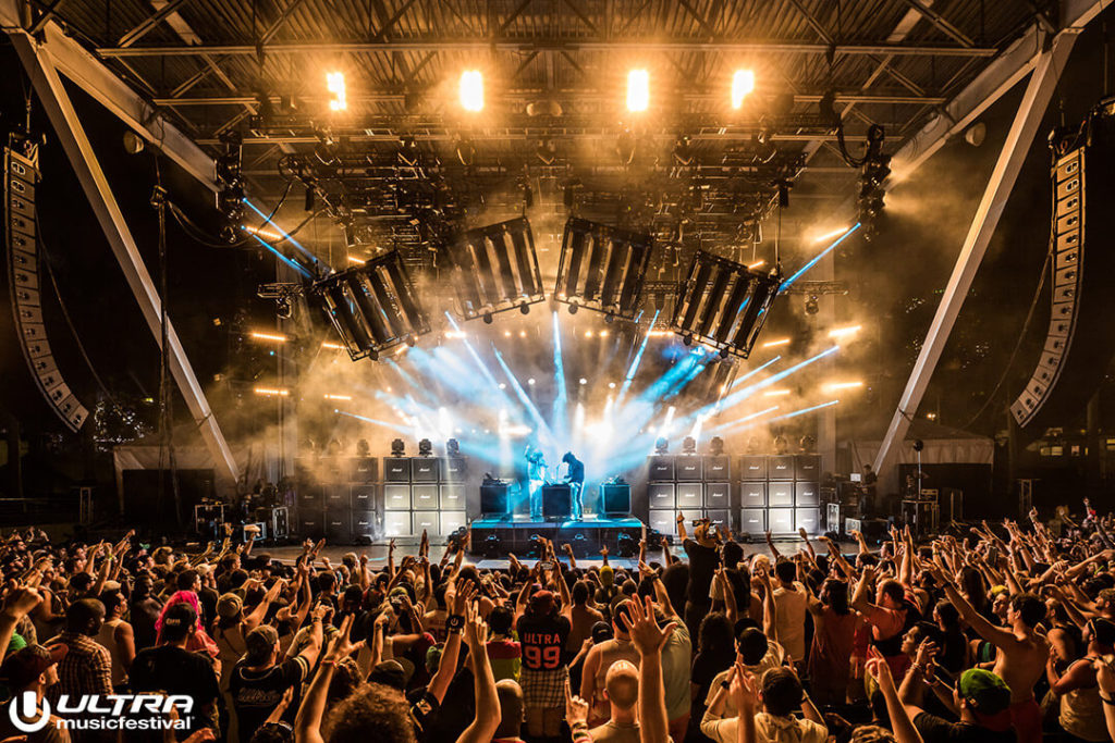 miami gallery 2017 3 1024x683 - Ultra Music Festival 2017 Images
