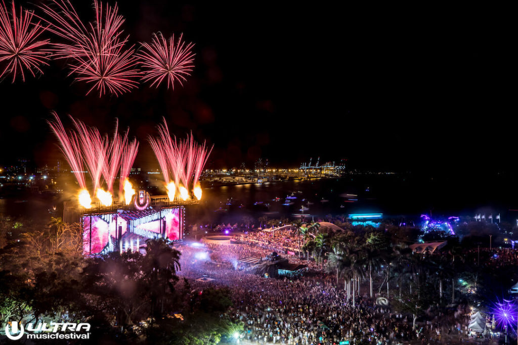 miami gallery 2018 11 1024x683 - Ultra Music Festival 2018 Images