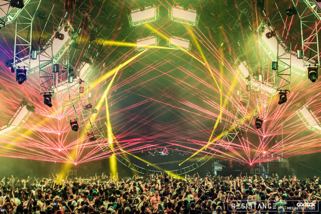 miami gallery 2018 2 1024x683 - Ultra Music Festival 2018 Images