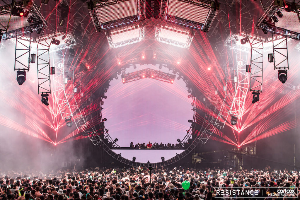 miami gallery 2018 3 1024x683 - Ultra Music Festival 2018 Images