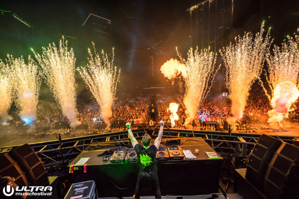 miami gallery 2018 6 1024x683 - Ultra Music Festival 2018 Images