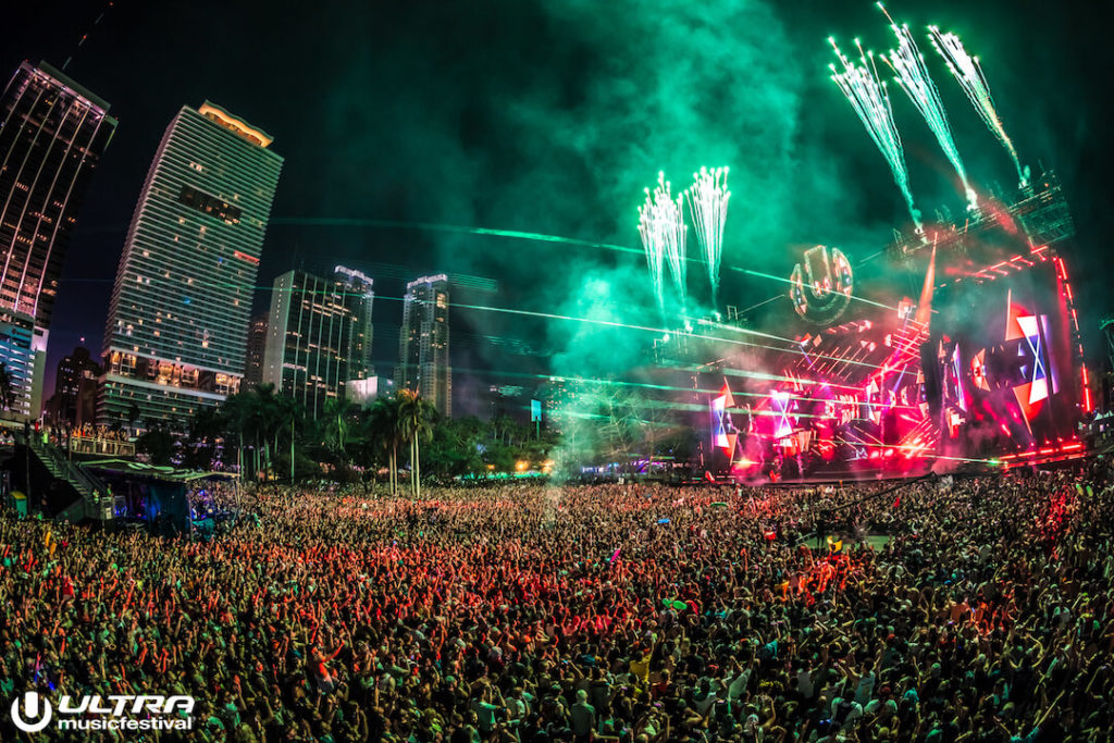 miami gallery 2018 8 1024x683 - Ultra Music Festival 2018 Images
