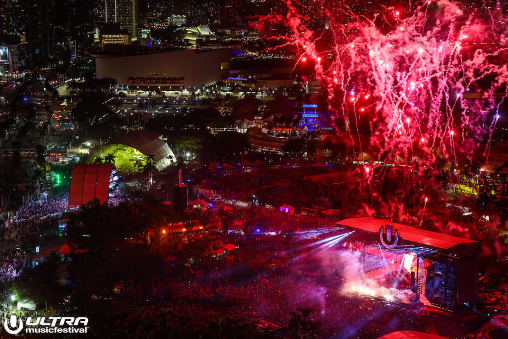 miami gallery 2018 9 1024x683 - Ultra Music Festival 2018 Images
