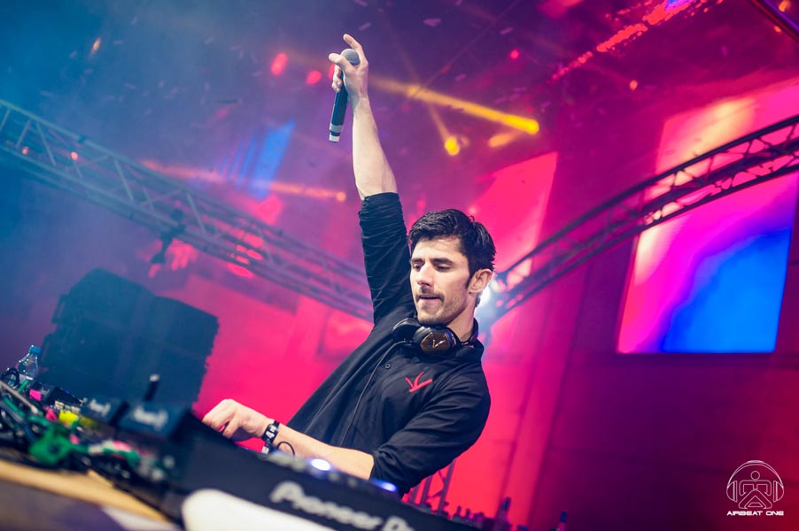 075  D4S0263 2 Julian Canto - Airbeat One 2017 Images