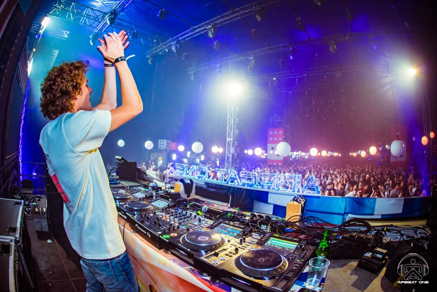 081 150717 013005 NICLAS RUEHL - Airbeat One 2017 Images