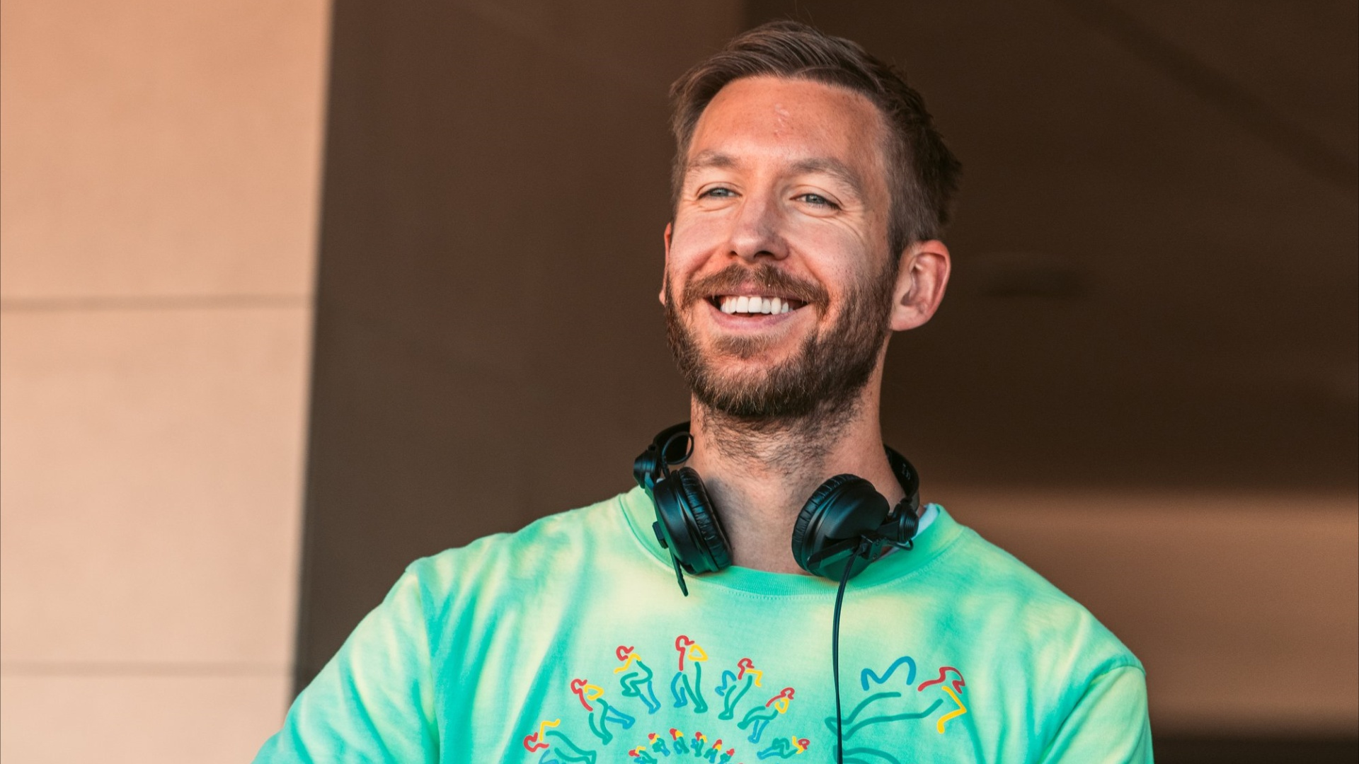 Calvin Harris Live - How much do you know about the EDM industry?